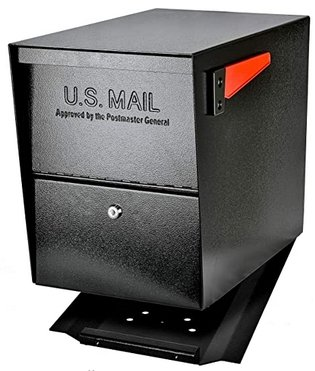 locking mailbox for U.S mail and protection